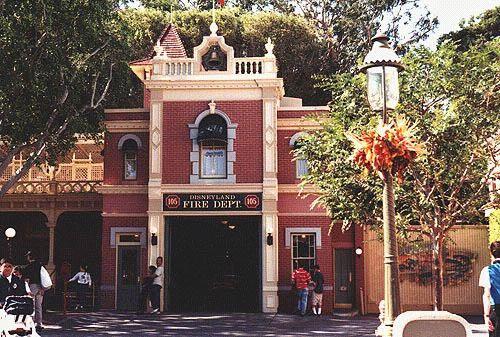 http://www.justdisney.com/images/Disneyland/Main_Street/firestation.jpg