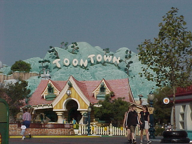 Mickey's Toontown Pictures - Just Disney