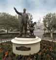 A 360 Degree View of the Partners Statue, in the Hub